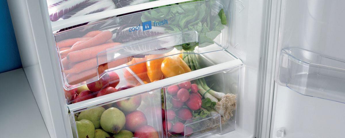 Холодильник слабо морозит
